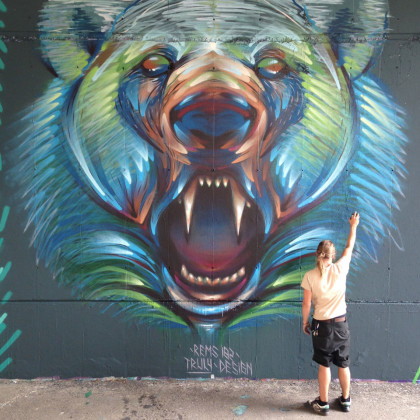 POLAR BEAR - Spray paint and acrylic on wall - 500x500cm - 2014