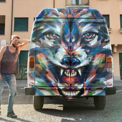 WOLF PARADE - Spray paint on van - 200x250cm - 2016